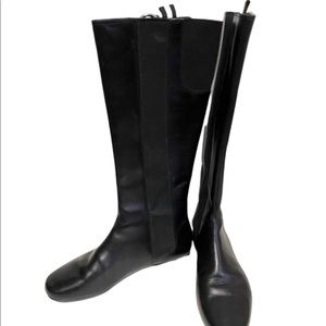 Unique women's Bally pull on black boots size 5.5